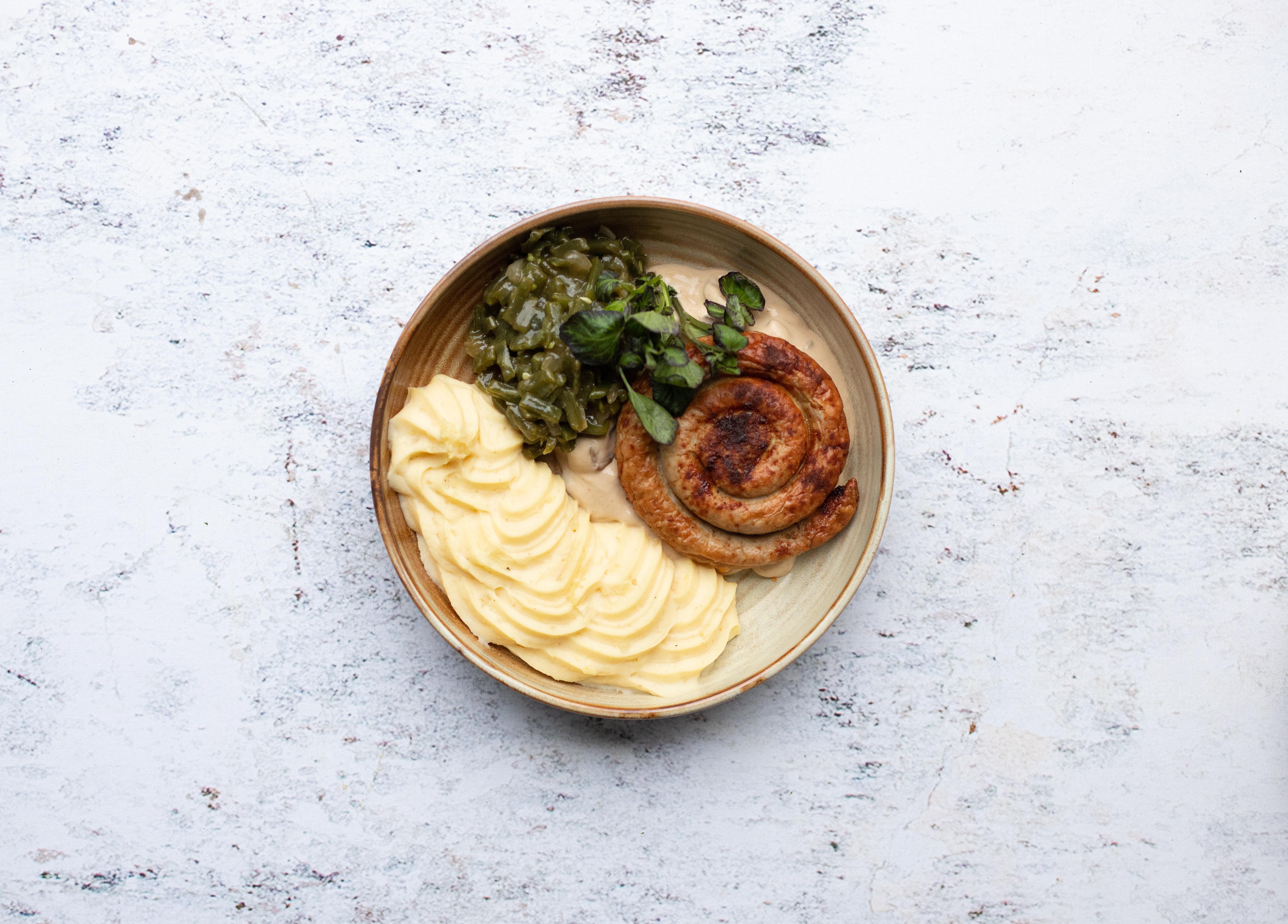 Dagschotel met kip en groentenassortiment