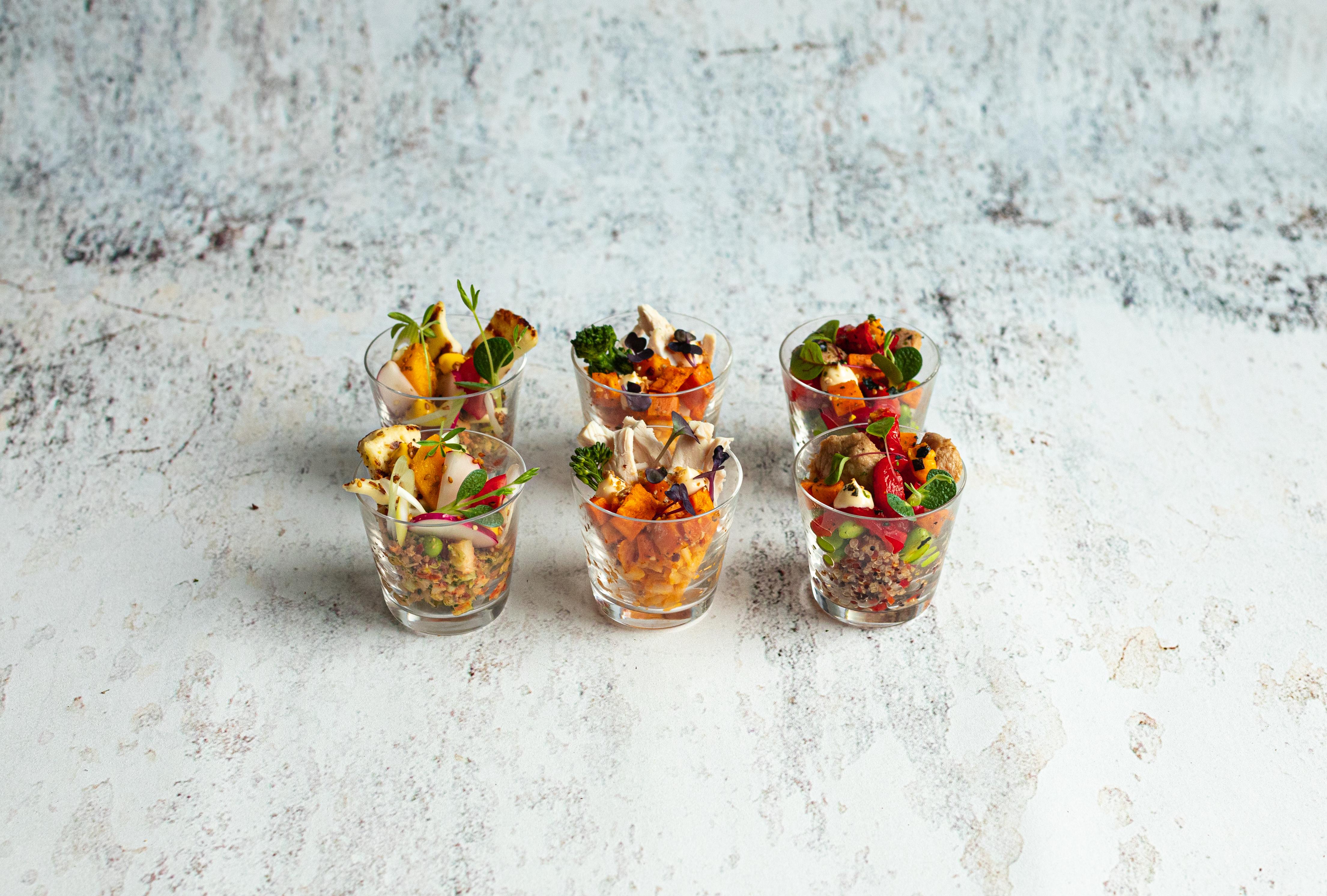 Assortiment van vegetarische borrelglaasjes